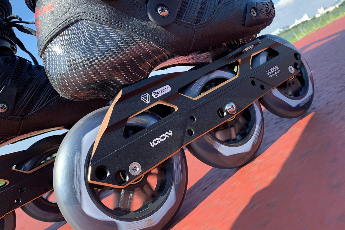 写真12 セットアップ「3x110 / 229mm  / フルフラット」でのクルージングは安定感と機動性の両立が楽しめる